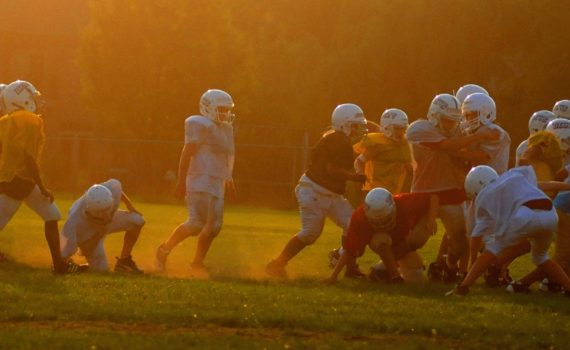 kids playing football at risk of concussion